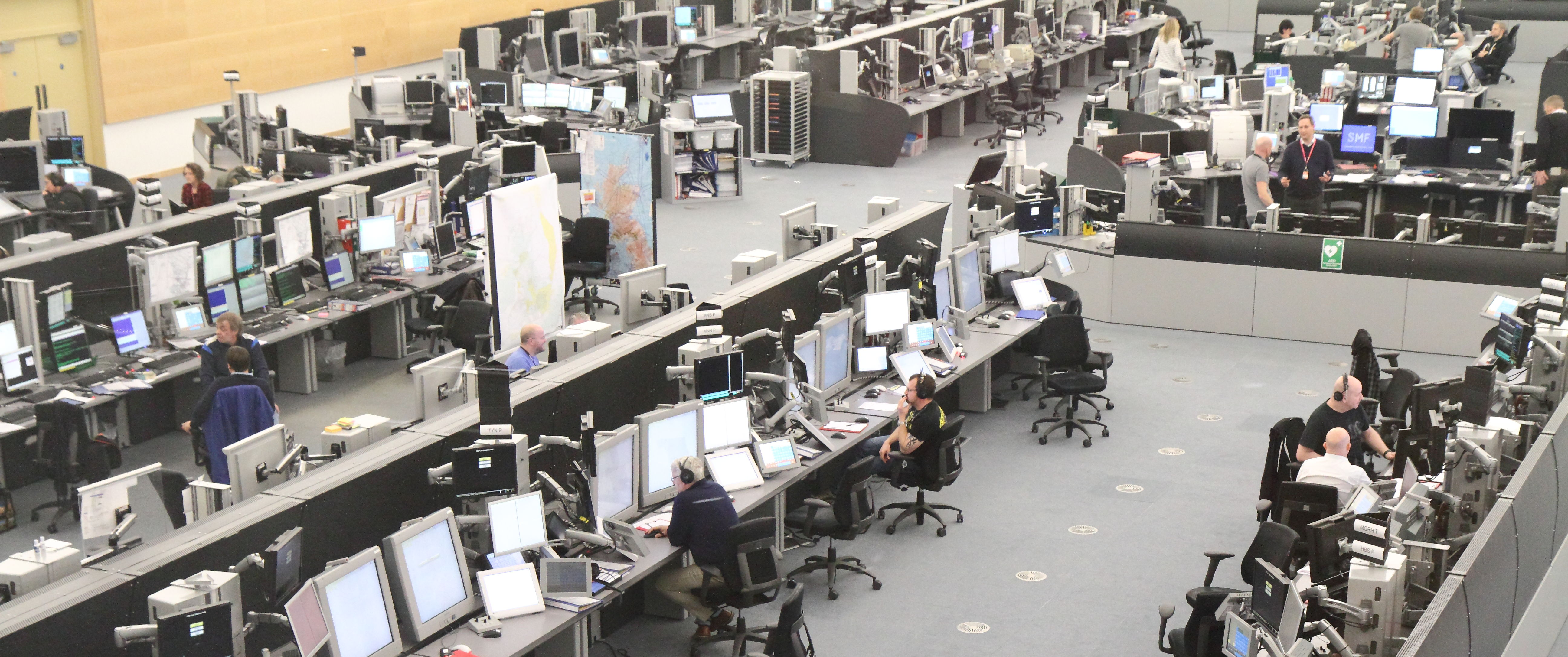 Trainee Air Traffic Controller >> New iTEC control platform rolls out at Prestwick to handle the heat of summer - NATS Blog