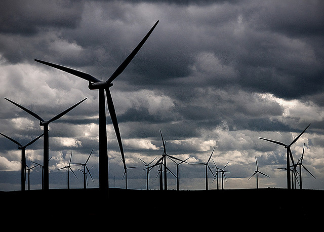 Blacklaw wind farm, near Forth. Image by Davie Dunn