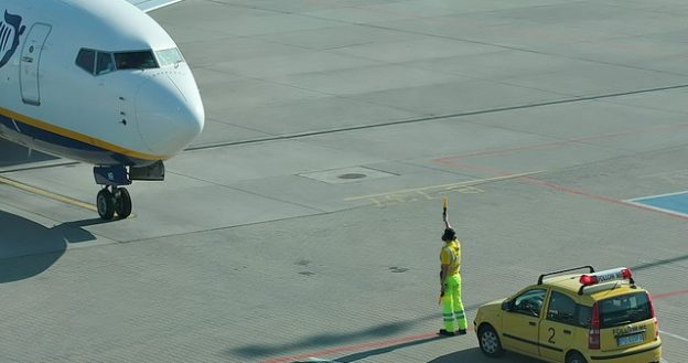 Eight air traffic control myths busted - NATS Blog